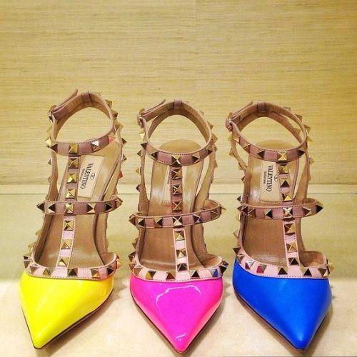 Valentino Rockstuds heels | Just Trendy